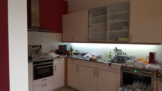 Housingbrussels: kitchen