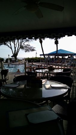 Guy's Gulfside Grill: Dinner with friends