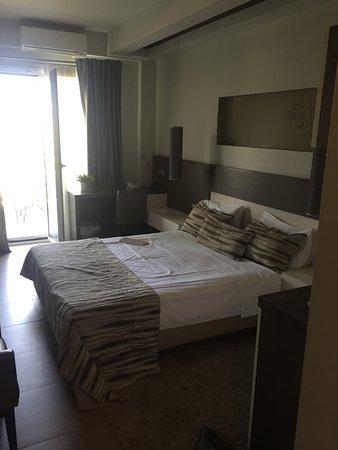 Maison Hotel: Sehr schönes Hotel! Die gesamte Anlage ist sehr sauber und die Poolanlage sehr schön.