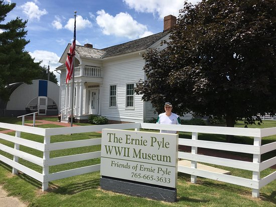 Historical Site Review Of Ernie Pyle World War Ii Museum Dana In