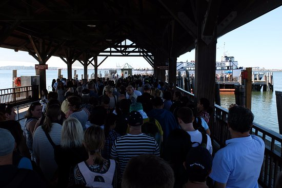 Statue of Liberty: Ferry Queue (moves quickly)