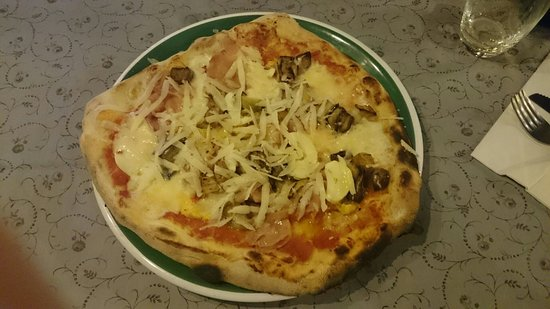Lido Europa: Pizza alla Parmigiana