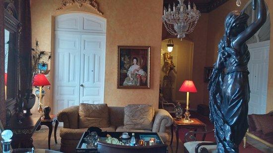 Boutique Hotel Mansion del Angel: 1st floor reception area