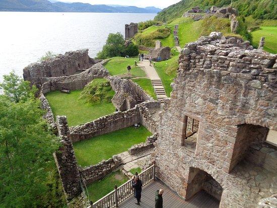 Drumnadrochit, UK: Castle Ruins from Castle Tower