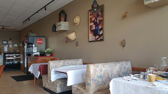 Hilliard, OH: The open neat dining space.