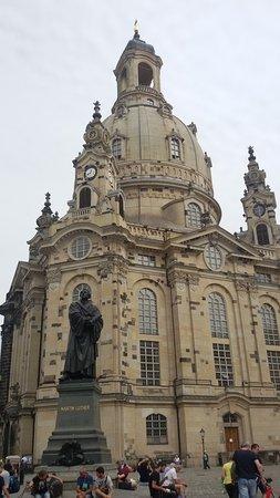 Frauenkirche: Η εκκλησία!