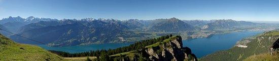 Beatenberg, Suíça: Uitzicht vanaf de Niederhorn