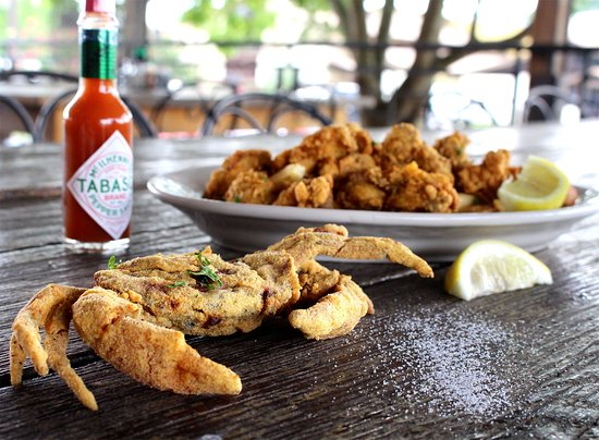 Hammond, LA: Fried Oysters and Crabs