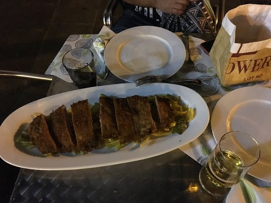 Los Arcos Restaurante: Cachopoo