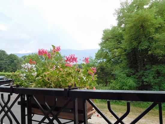 Belley, فرنسا: Depuis la terrasse...
