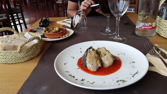 Ferreries, Spanyol: mussaka di pescado