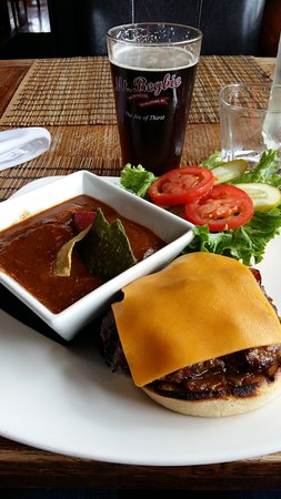 The Island Restaurant : Mexican Soup and Bison Burger