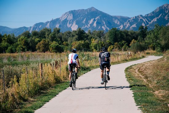 Cruise along a bike path, Boulder