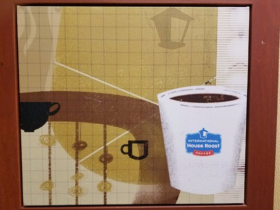 Vista, CA: Here's a coffee painting about IHOP's House Roast. There's beads on mini poles and old fashion.