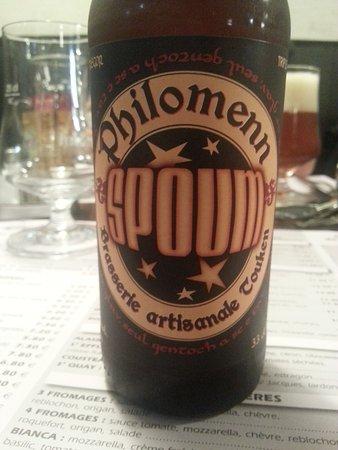 Plestin les Greves, Frankrig: La bière Spoum locale.