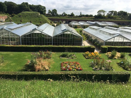 Les jardins photo de les jardins suspendus le havre for Entretien de jardin le havre