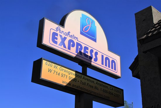 Anaheim Express Inn Photo