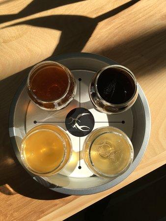 Petersburg, فيرجينيا: Beer Flights