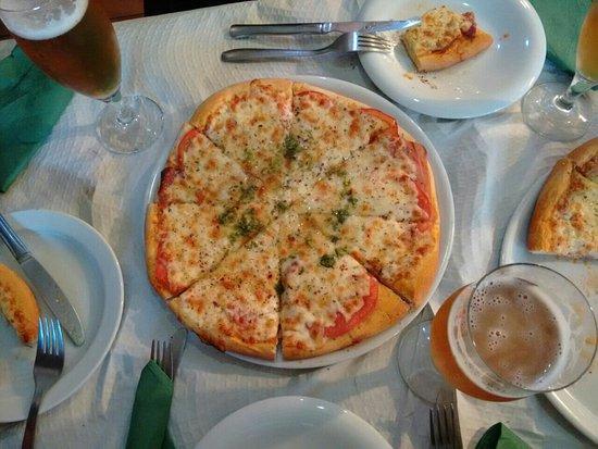 Канданчу, Испания: Hermoso lugar, muy rica comida