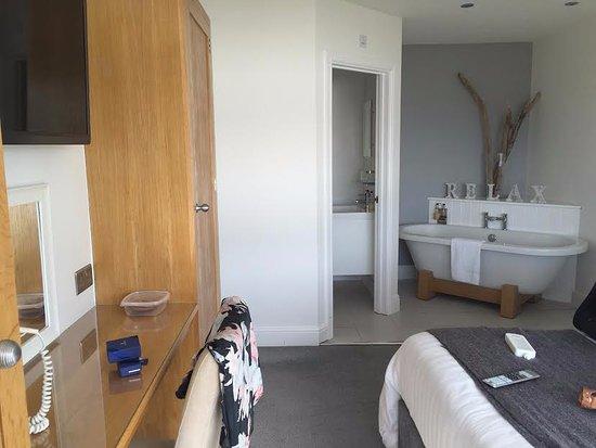 Cardigan, UK: suite