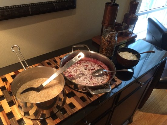 Avery House B&B: Cherry clafoutis, oatmeal, yogurt, granola - and that's just the first breakfast course!
