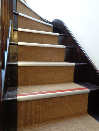 The Buttery Hotel: Stairs to first floor and check-in