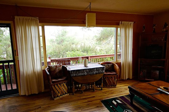 Cathedral Rock Lodge: Nice views surround you in the Amigos Suite