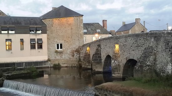 Le Vieux Pont de Ducey: 20160820_212044_large.jpg