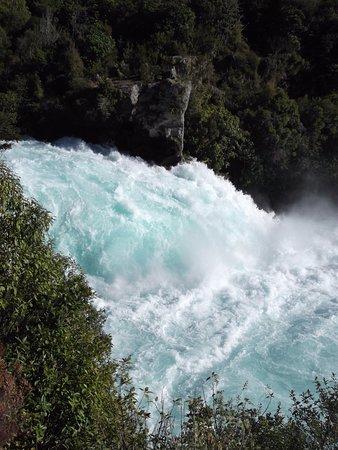 Taupo, Nueva Zelanda: Water at Huka Falls