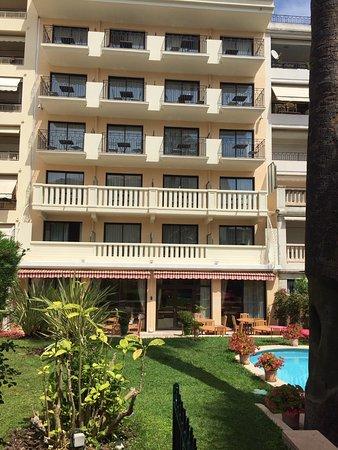 선 리비에라 호텔 이미지