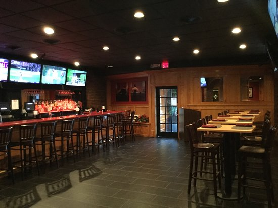 Atlantic Highlands, NJ: Come catch all the sports action with 8 tvs and Directv Sunday Ticket. Every game, Every Sunday!