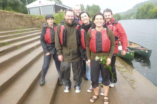 Ross-on-Wye, UK: Happy canoeists