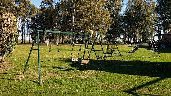 Juegos Infantiles Picture Of Days Inn Casa Del Sol Colonia - Casa-de-juegos-infantiles