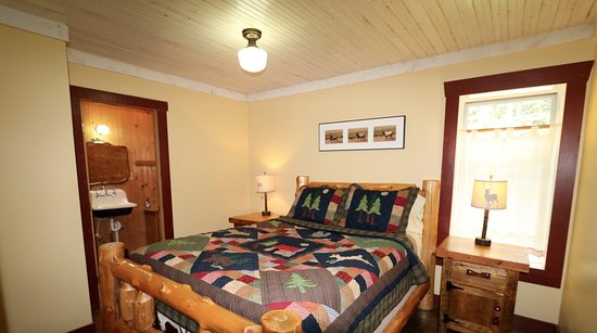 Clark, CO: Caron House Master Bedroom
