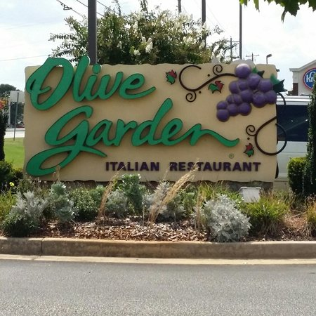Annual Christmas Eve Dinner - Review of Olive Garden, Warner Robins ...
