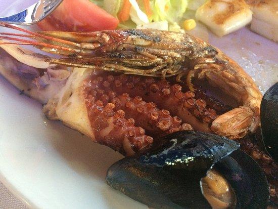 Cafe Del Mar: Mixed grill of fish