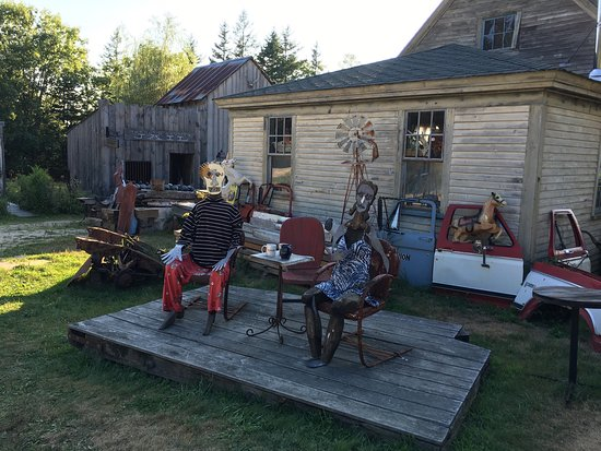 Deer Isle, ME : Village is very interesting
