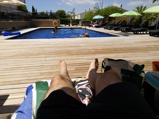 Apartamentos Albir palace: Zona de piscina.