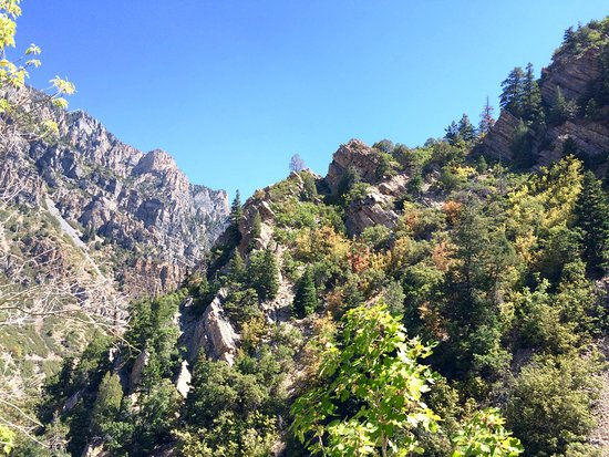American Fork, UT: Trail up to cave