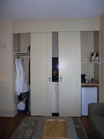 open closet doors picture of hotel eldorado kelowna tripadvisor