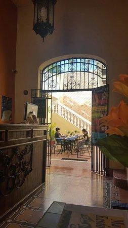 Hotel del Peregrino: 20160815_090826_large.jpg