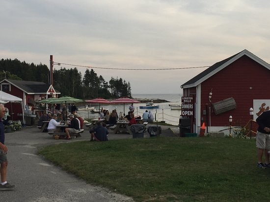 South Thomaston, ME: McLoons Lobster Shack