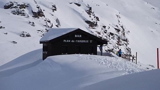 Aiguilles Rouges: Restaurante na parada intermediária, mas esteve fechado no inverno dos Alpes !