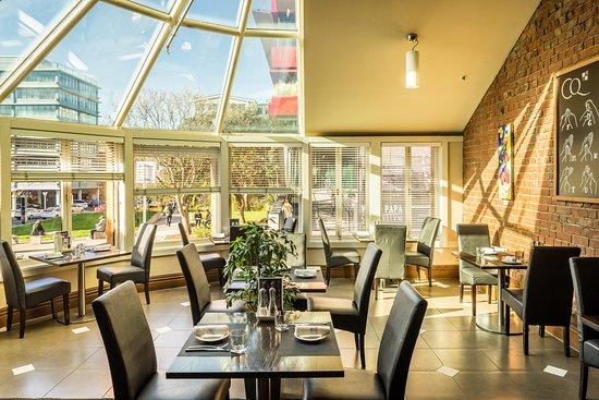 Comfort Hotel Wellington: CQ Restaurant