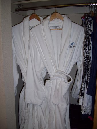 Sandpoint, ID: Luxury Robes