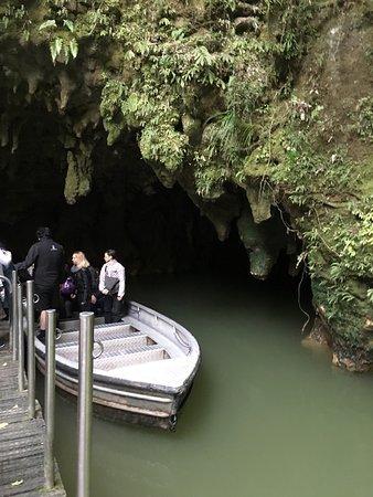 Waitomo Glowworm Caves: photo0.jpg