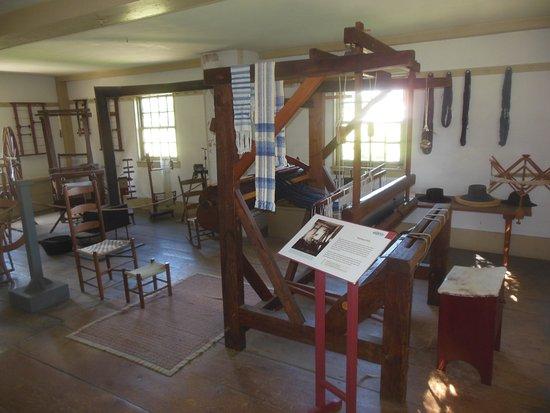 Pittsfield, MA: Shaker Weaving Machines