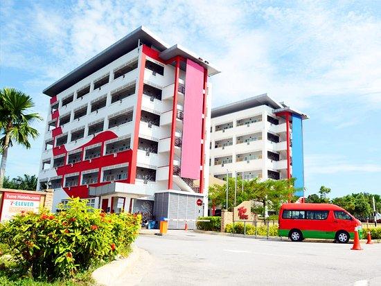 Tune Hotel KLIA Aeropolis