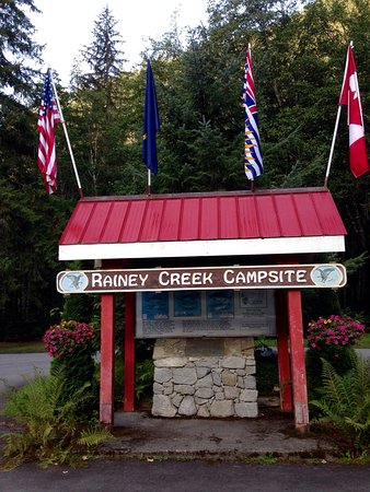 Stewart, Kanada: Great campsite close to everything