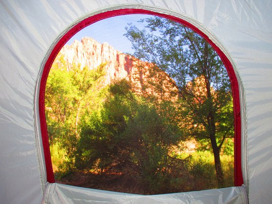 Watchman Campground: Ahhh, great view from my tent's window :)